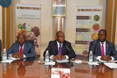 LE DIRECTEUR GENERAL DU CONSEIL DU CAFE-CACAO FAIT LE POINT DE LA COOPERATION COTE D'IVOIRE-GHANA AVEC LES PRODUCTEURS DE CAFE-CACAO
